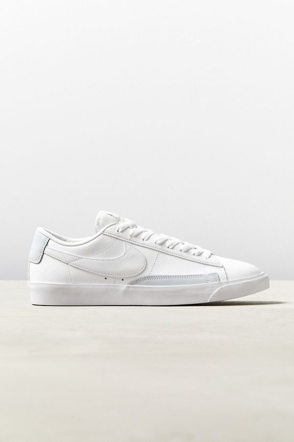 premium selection f4a68 423b8 Nike Blazer Low Leather Sneaker