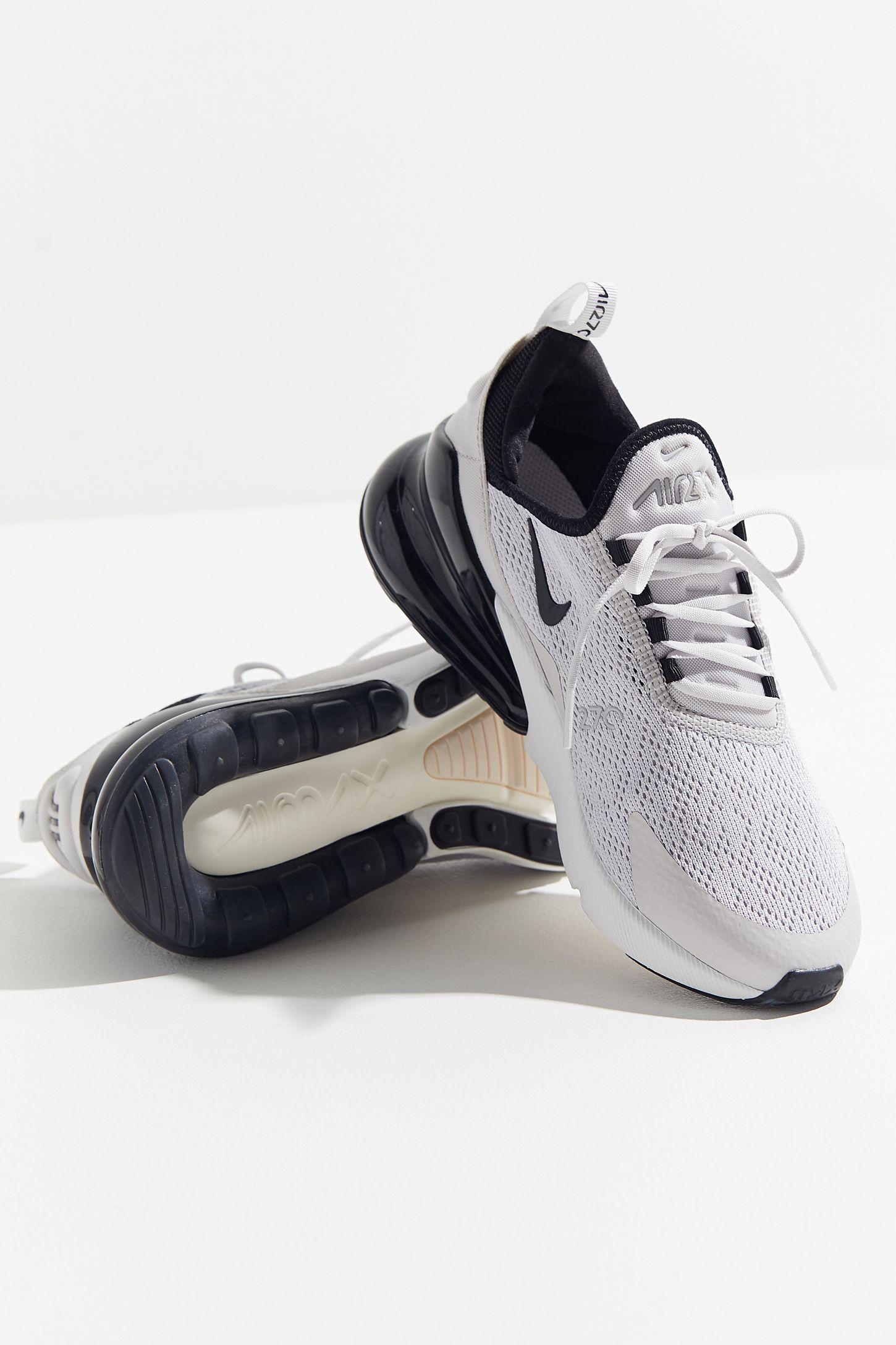 Nike Air Max 270 Runner Sneaker