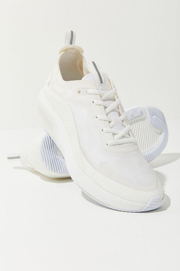 8d4a7aefe8c Nike Air Max Dia SE Sneaker