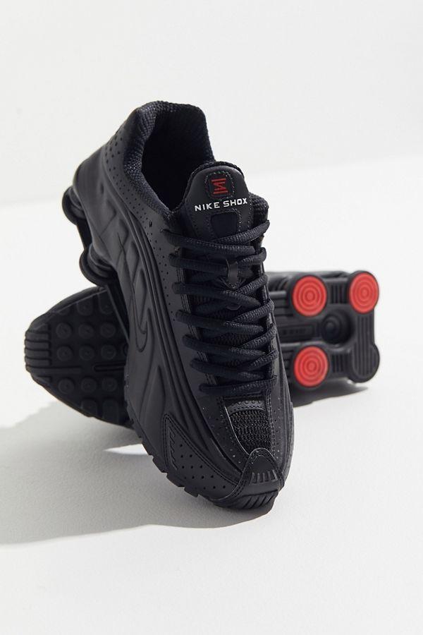 the best attitude 3f3eb 44379 Slide View  1  Nike Shox R4 Sneaker