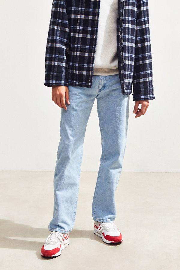 5dd945cc789 Wrangler Bleach Wash Cowboy Cut Original Fit Jean | Urban Outfitters
