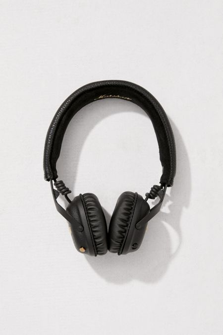 headphones + earbuds | urban outfitters