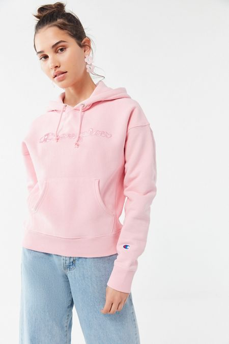 a6be974d8aba Champion UO Exclusive Daisy Logo Hoodie Sweatshirt