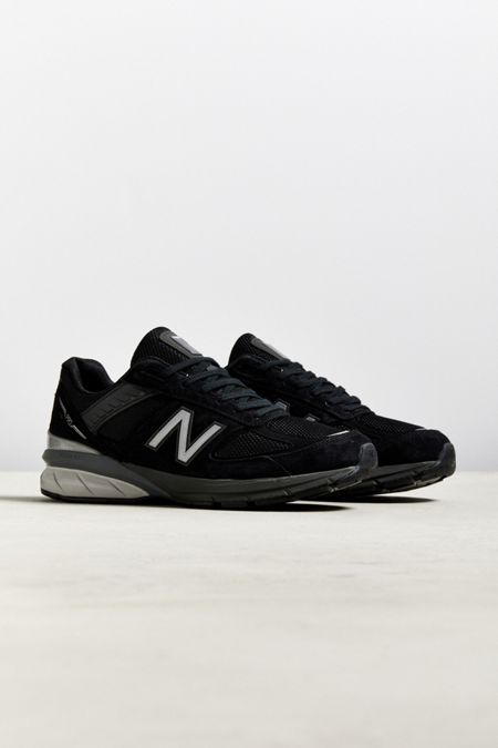 the latest 3b2a4 17c28 New Balance 990v5 Made In US Sneaker
