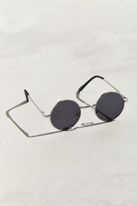 dd6c8e8cb74  70s Round Sunglasses