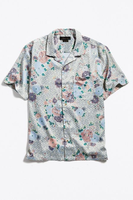 cd4520828be32 UO Layered Floral Satin Short Sleeve Button-Down Shirt