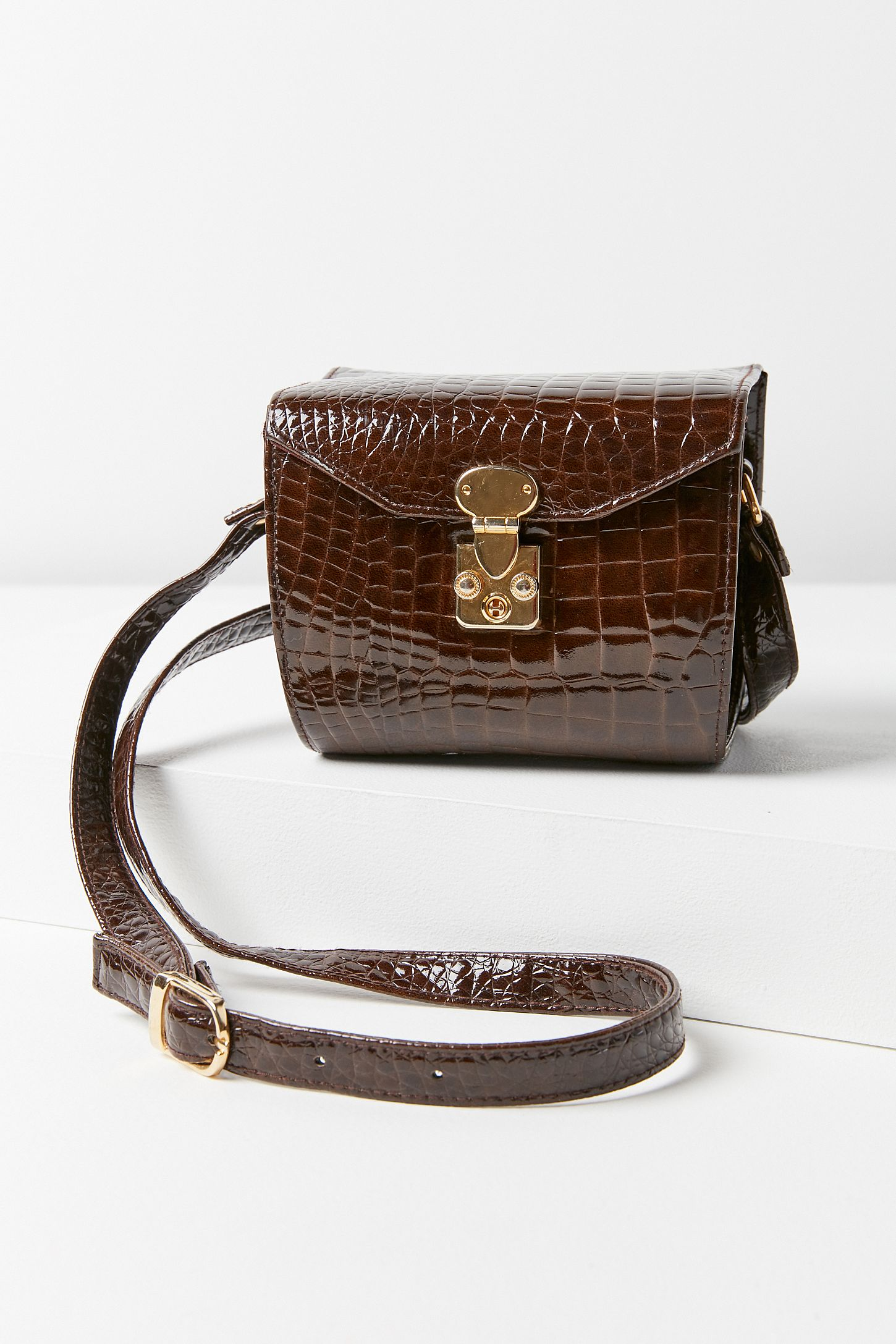3b4ccba02d Vintage Brown Faux Crocodile Crossbody Bag