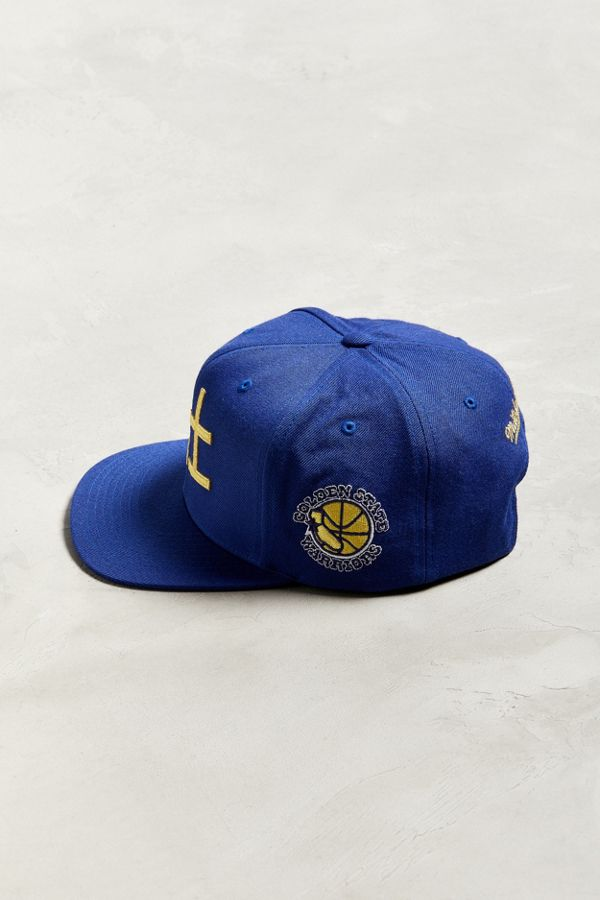 e3b7f5fde9d Slide View  4  Mitchell   Ness Chinese New Year Golden State Warriors  Snapback Hat