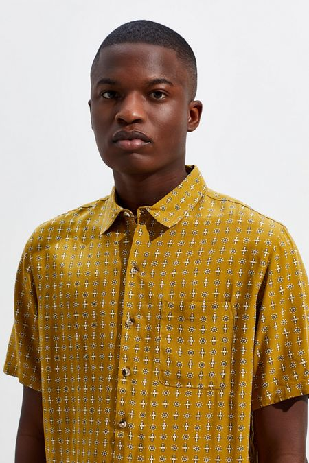 320053ee Men's Shirts | Flannel + Button Downs | Urban Outfitters