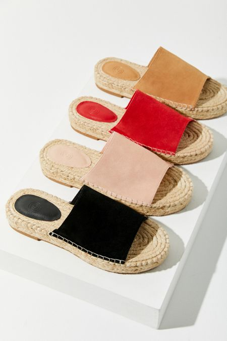40147e002 Women's Sandals + Slides | Urban Outfitters
