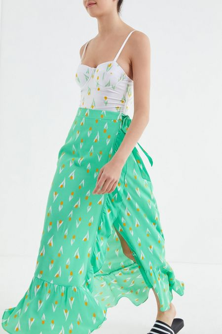 1b1111aa14 UO Michelle Tulip Print Wrap Midi Skirt