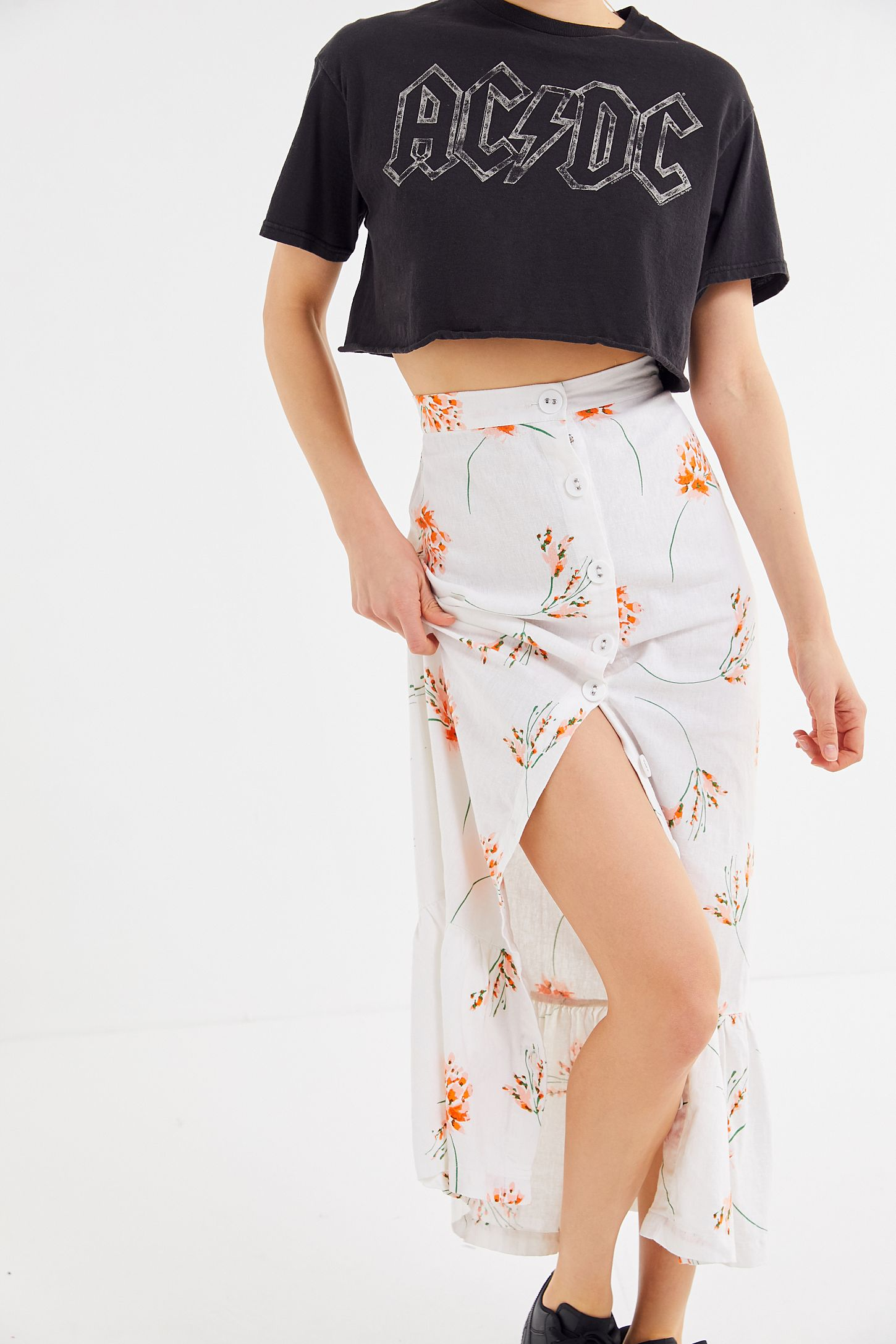 efc811340 UO Selma Linen Ruffle Button-Front Maxi Skirt | Urban Outfitters Canada