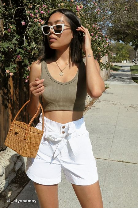 addc994e6f31 UO Josie Belted Paperbag Short. Quick Shop