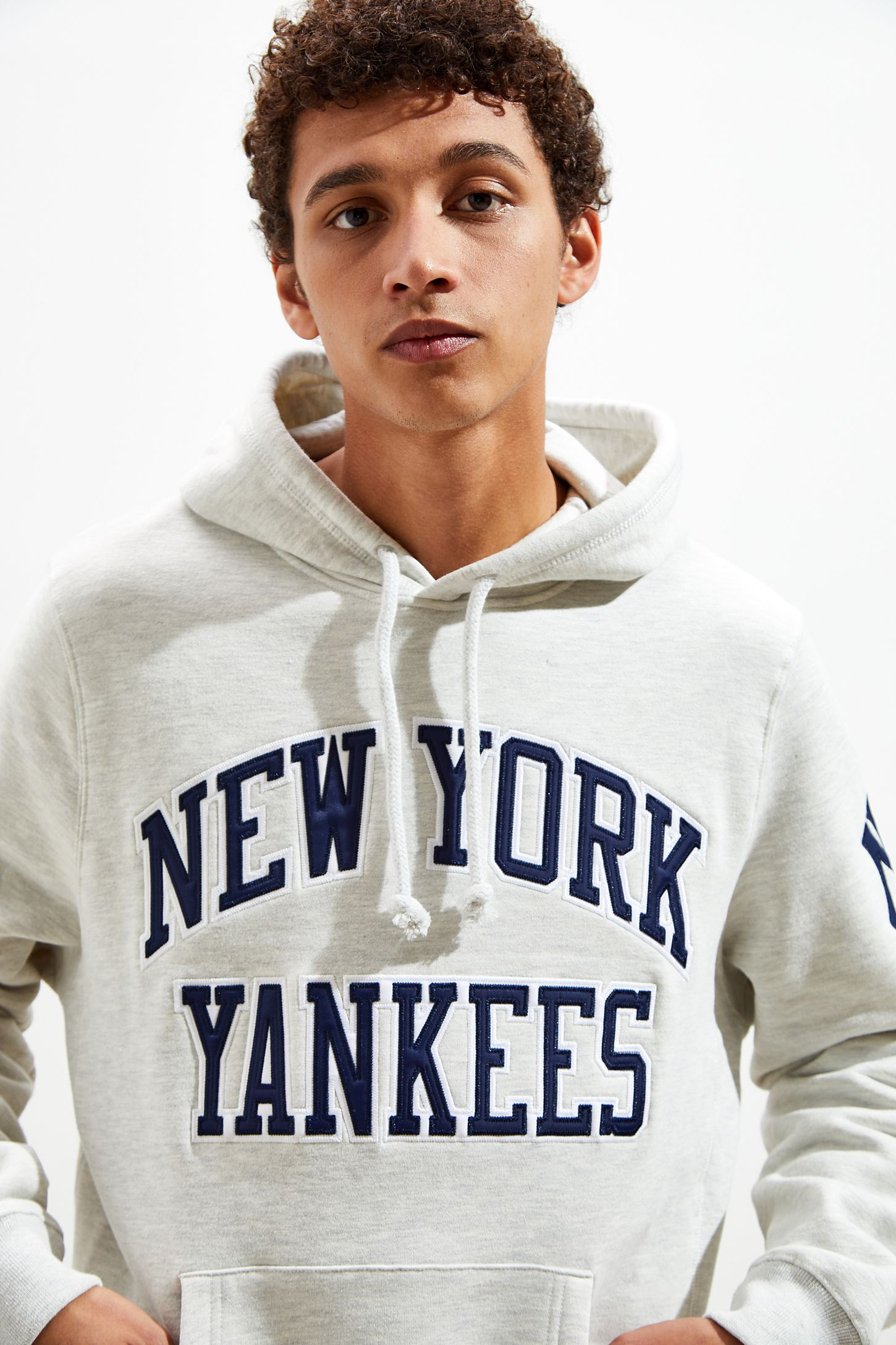 sports shoes 2d432 3752f Mitchell & Ness New York Yankees Hoodie Sweatshirt