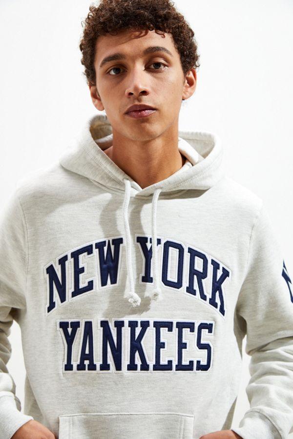 sports shoes 3c338 32999 Mitchell & Ness New York Yankees Hoodie Sweatshirt