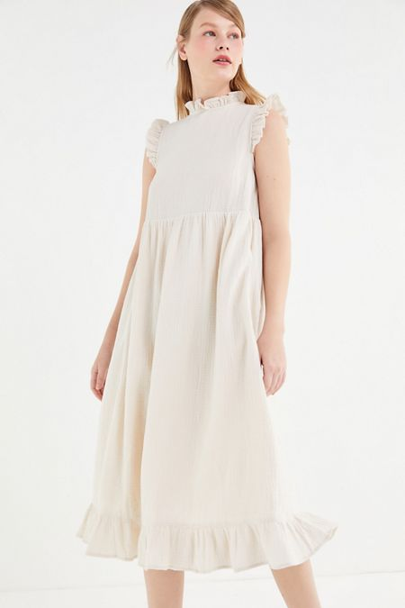 7fcbd99610 UO Gabby Ruffle Babydoll Midi Dress