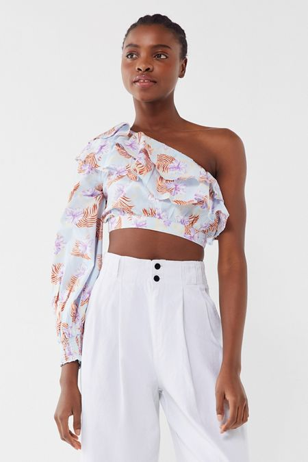 869037b41f45c UO Kate Floral Ruffle One-Shoulder Cropped Top