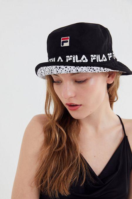 e1de4e73ef5 FILA X Disney Villains UO Exclusive Reversible Bucket Hat