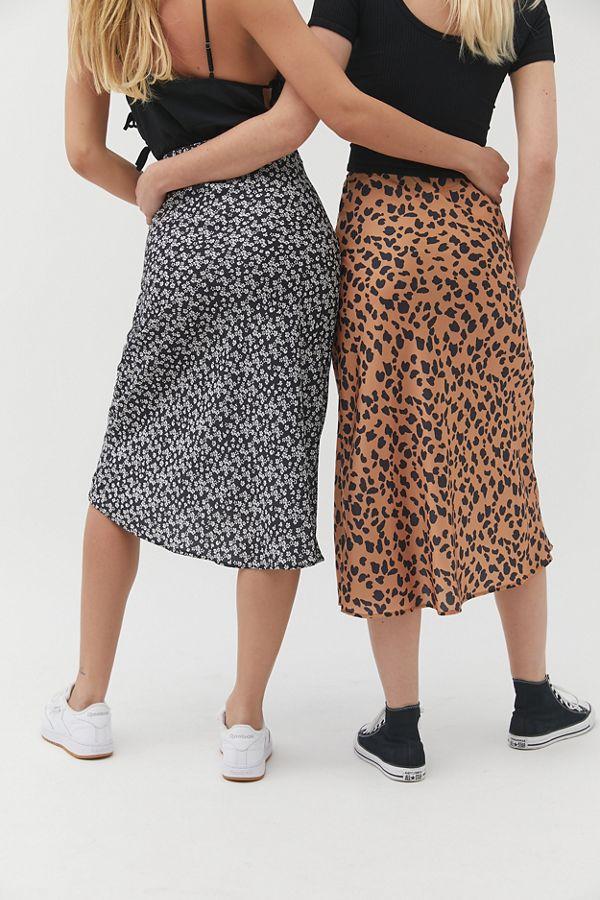 a2000a41d300 Slide View  1  UO Rowan Leopard Print Satin Slip Skirt