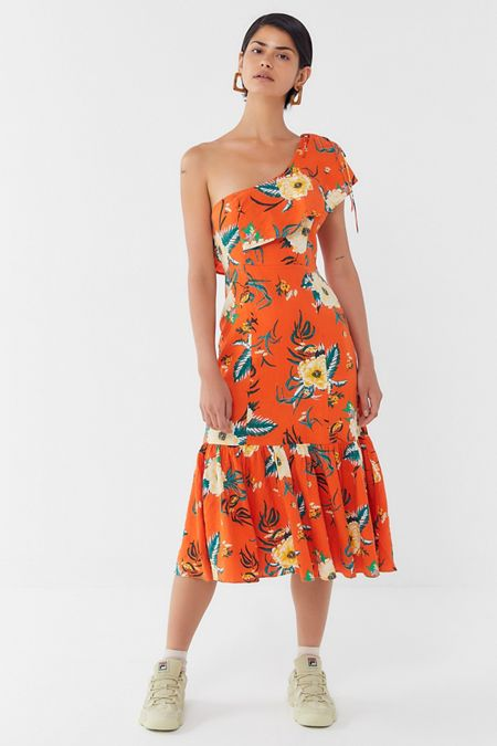 ef7d78a8645e UO Carmen Linen One-Shoulder Ruffle Midi Dress