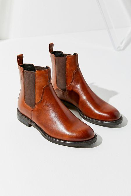 00fe6613d86 Vagabond Shoemakers Amina Leather Chelsea Boot