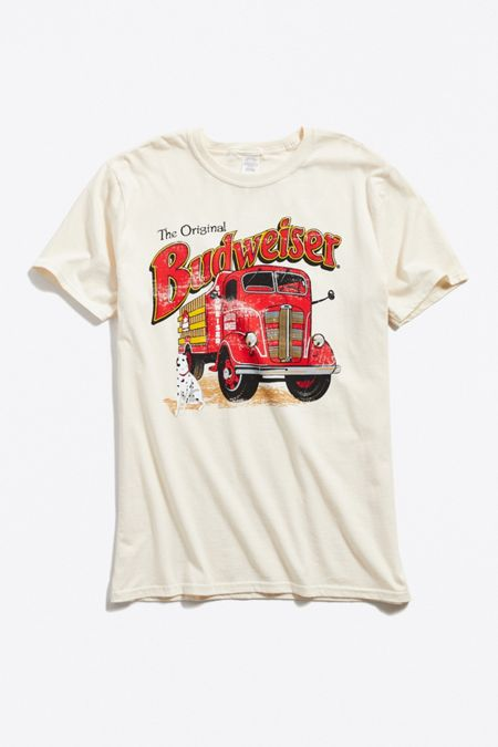 1c6cb1d7b Men's Movie T-Shirts + Pop Culture Shirts | Urban Outfitters Canada