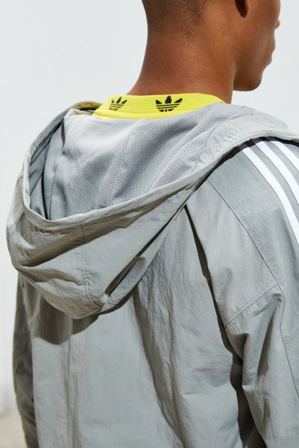 Slide View: 5: adidas Outline Trefoil Windbreaker Jacket