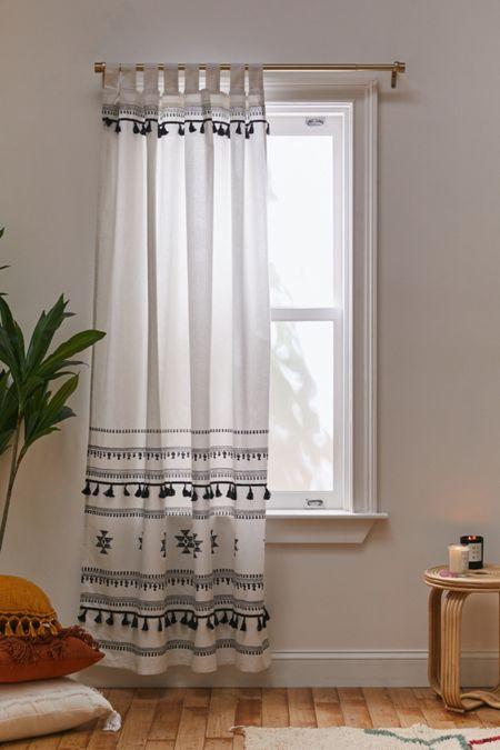 Brendy Window Panel