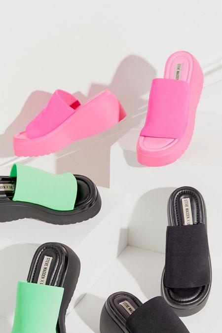 3b02f36a8181 Steve Madden UO Exclusive Slinky Platform Sandal