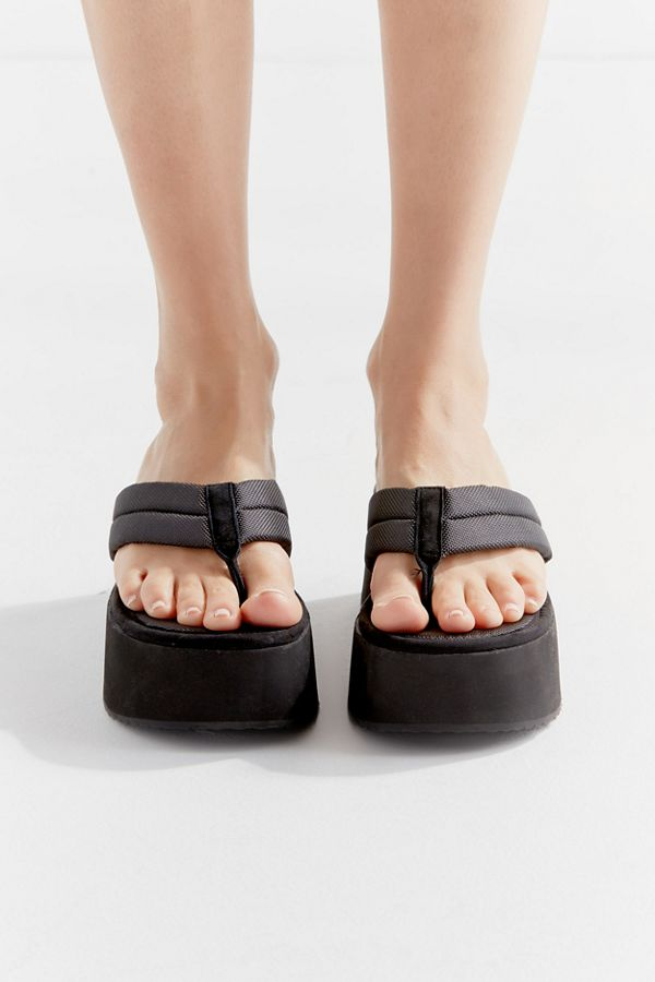 75010b3e508 Steve Madden UO Exclusive Platform Thong Sandal