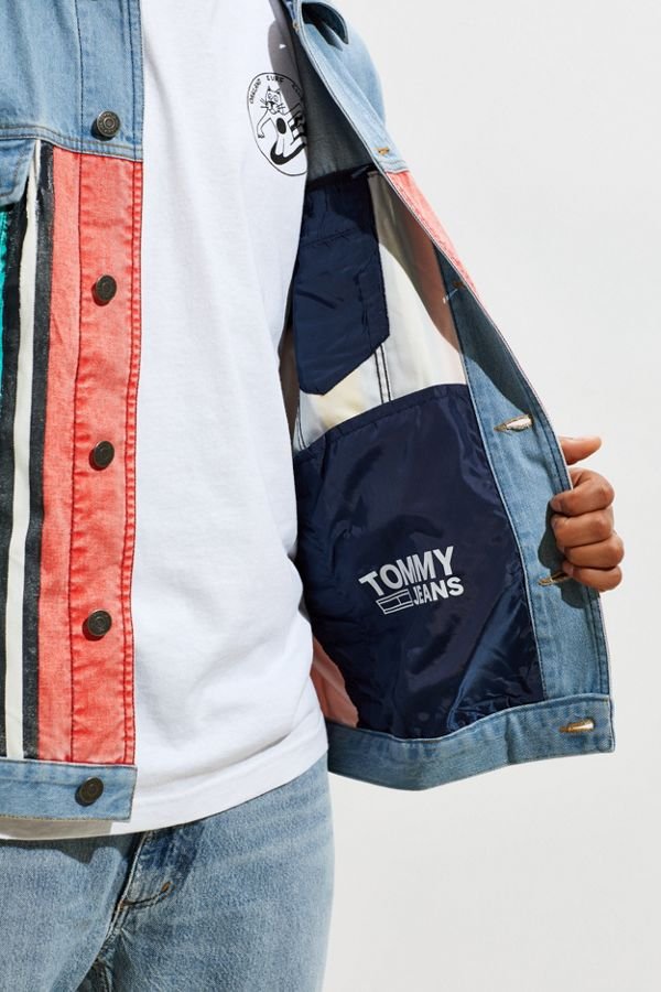 bb7bcea72e9c Tommy Jeans Stripe Denim Jacket | Urban Outfitters