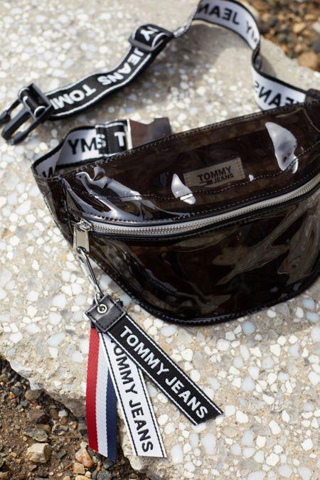 Tommy Jeans Logo Tape Sling Bag 869f4faf0e092