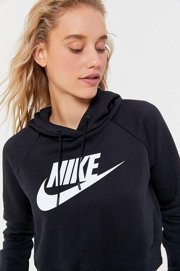 nike sportswear 1