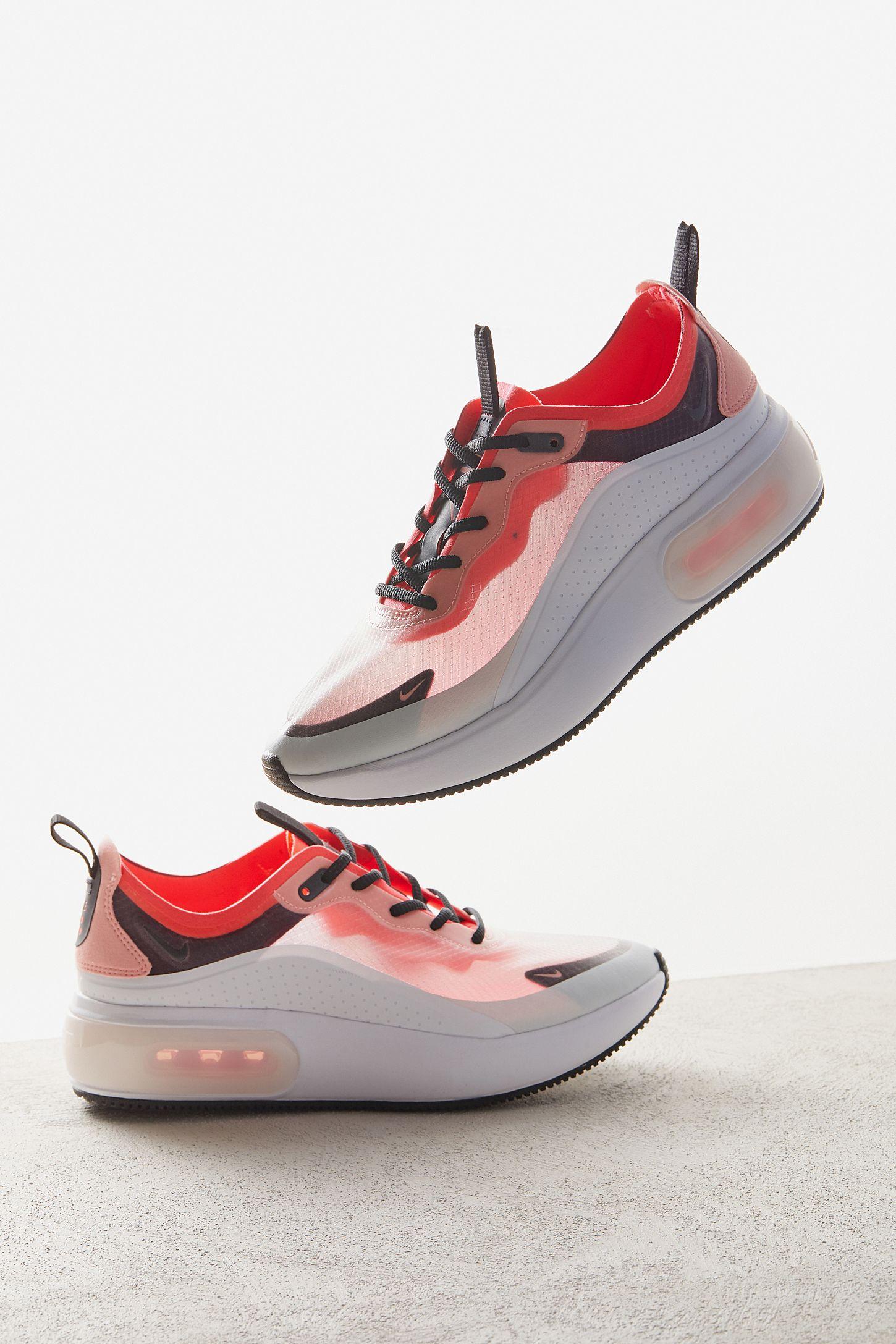 sale retailer c94c4 ecd72 Nike Air Max Dia SE QS Sneaker   Urban Outfitters