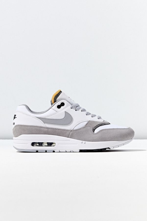 design intemporel 43dcb 93438 Nike Air Max 1 Sneaker