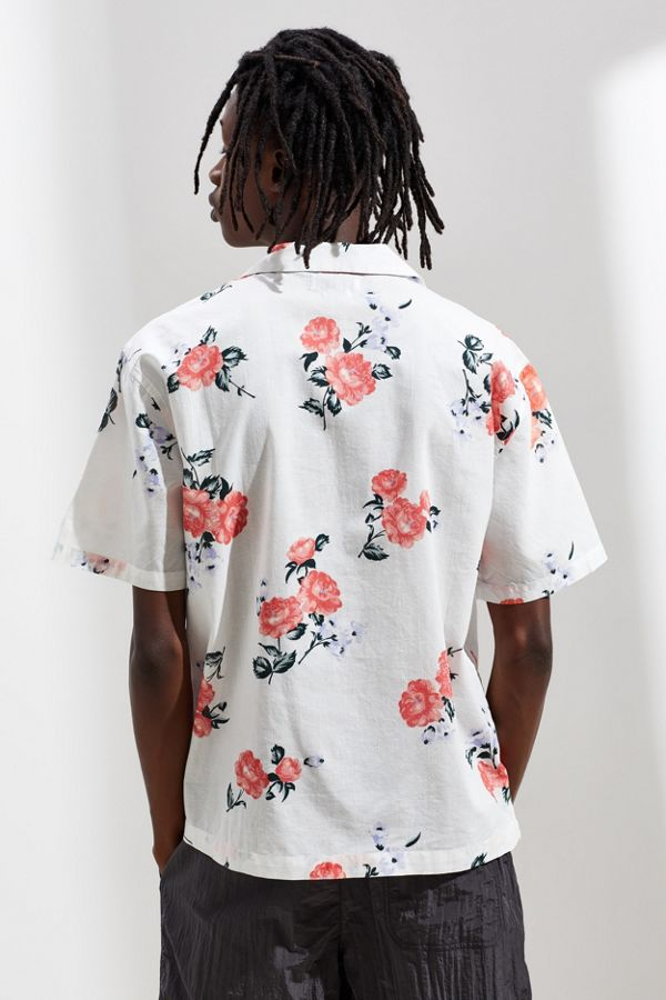 9ce65601750 UO Printed Sheer Short Sleeve Button-Down Shirt   Urban Outfitters