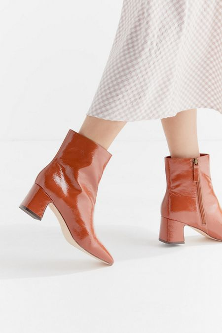 purchase cheap ad03c 695ca UO Kate Femme Essential Boot