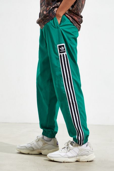 add25d380f96f Men's Track Pants + Joggers   Urban Outfitters Canada