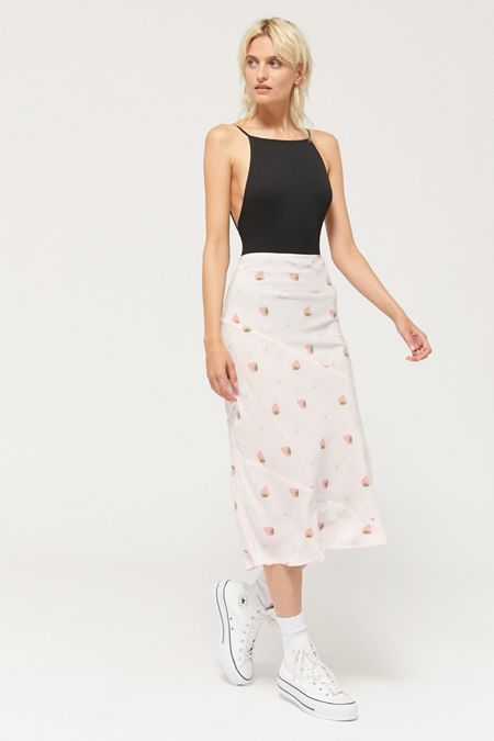 ab575e921f Pencil + Bodycon Skirts for Women: Boho, Vintage, Grunge + More ...