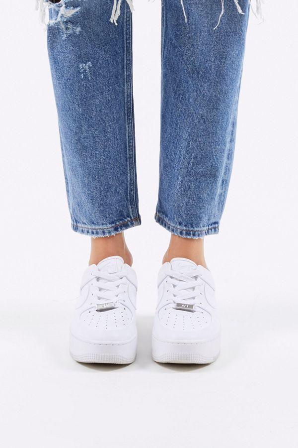 Nike Air Force 1 Sage Low Women's Shoe. Nike CA