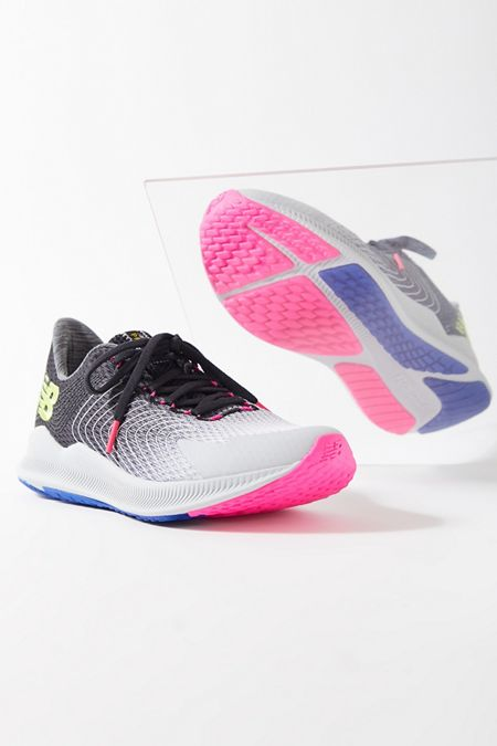 competitive price bfaad cc627 New Balance | Urban Outfitters