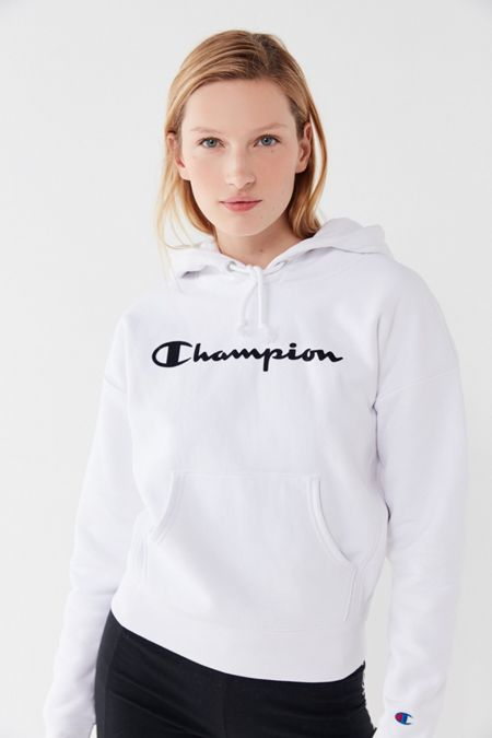 2b19e659 Champion UO Exclusive Script Hoodie Sweatshirt