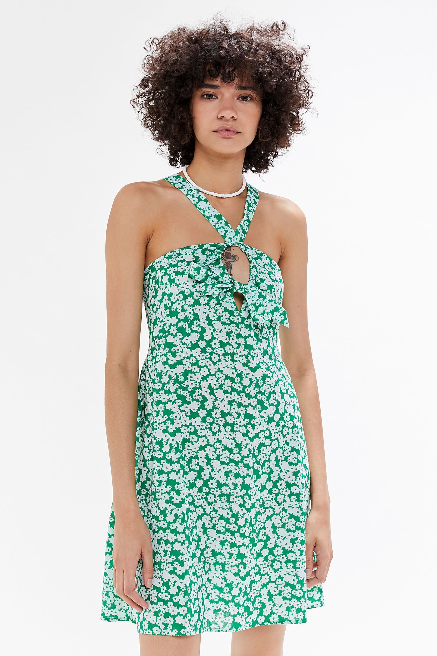 1780c942163b64 Slide View  4  UO Y-Neck Twist-Front Mini Dress