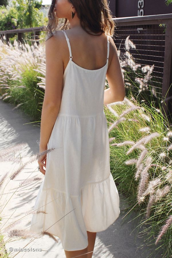fe026635afd Urban Renewal Remnants Tiered Linen Midi Dress | Urban Outfitters