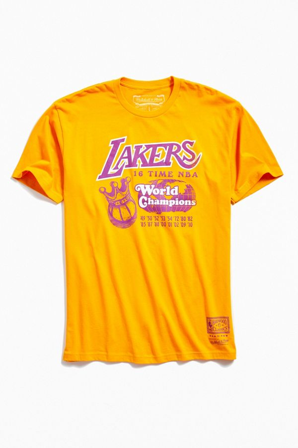finest selection bb987 7dfe1 Mitchell & Ness Los Angeles Lakers Tee