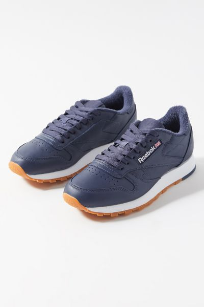 reebok classic athletic shoes