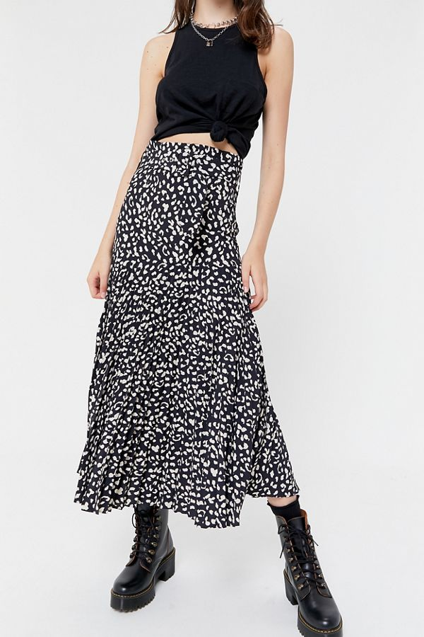 on feet shots of biggest discount special selection of Bardot Leopard Print Pleated Midi Skirt