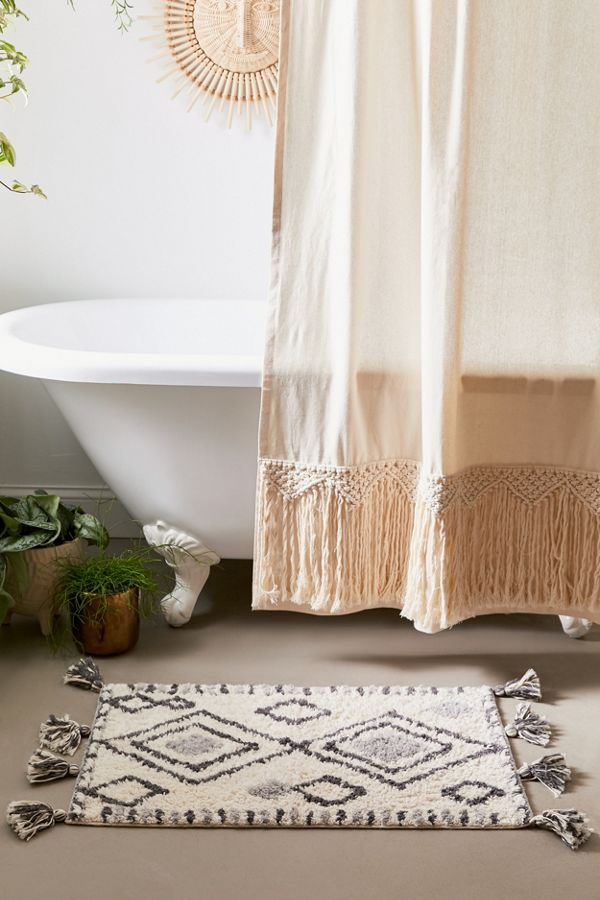 Slide View: 1: Sybil Diamond Bath Mat