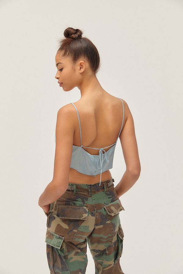b7fdbb6fb0ec3c Slide View  2  UO Irina Cowl Neck Tie-Back Cropped Cami