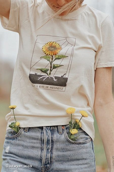 5c4204450a BDG Ray Of Sunshine Tee